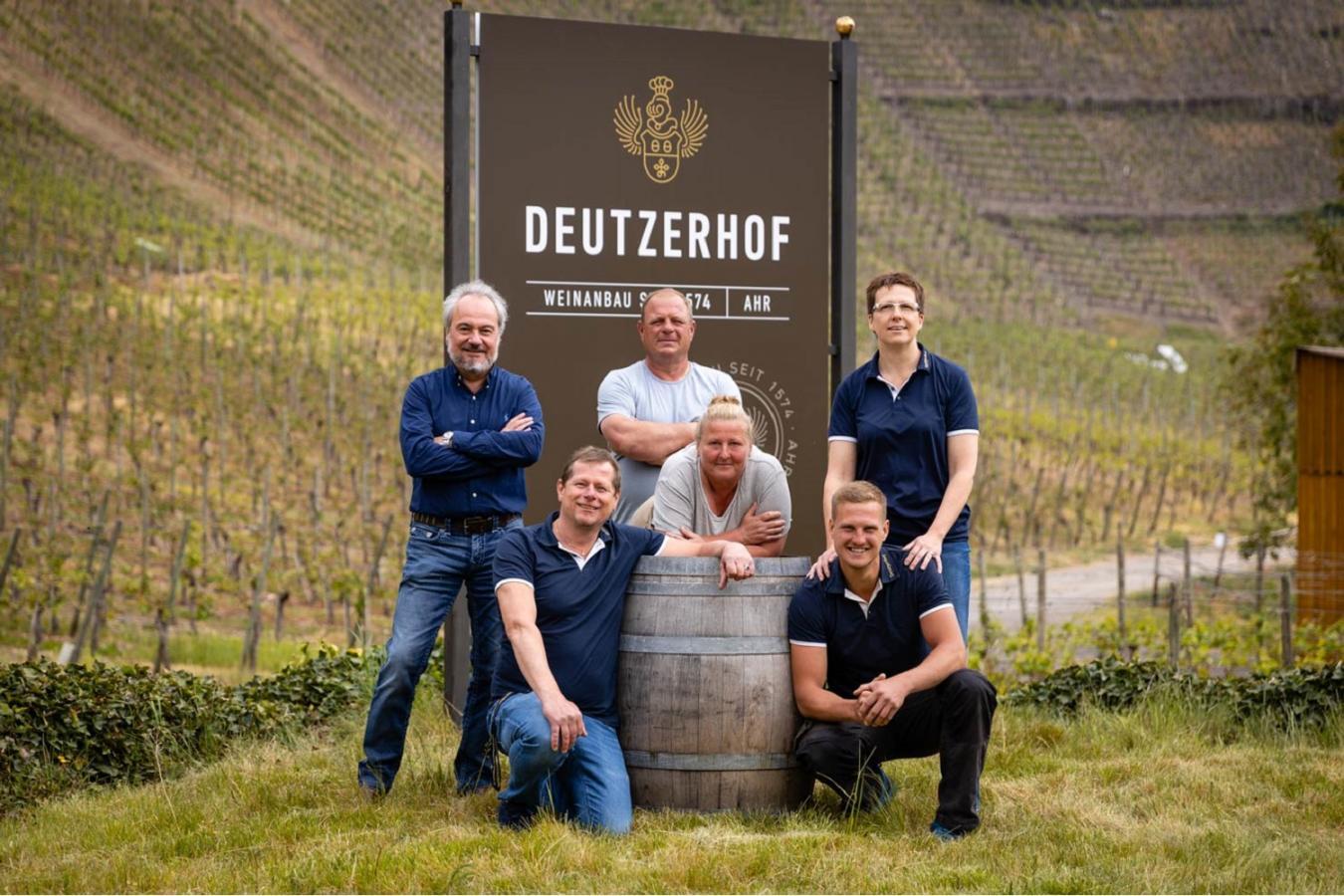 Weingut Deutzerhof Team